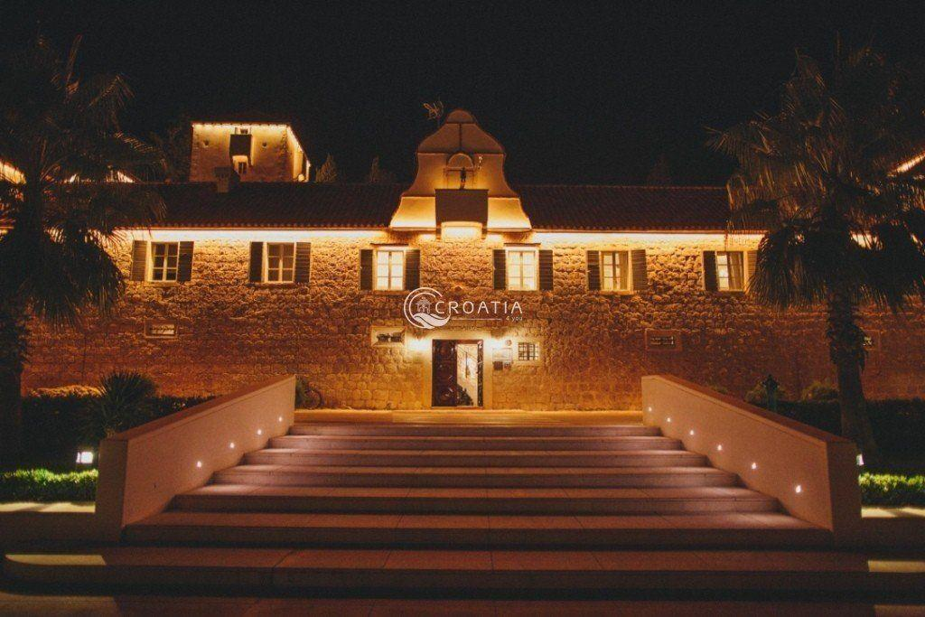 Romantic wedding at Martinis Marchi castle (3 days)