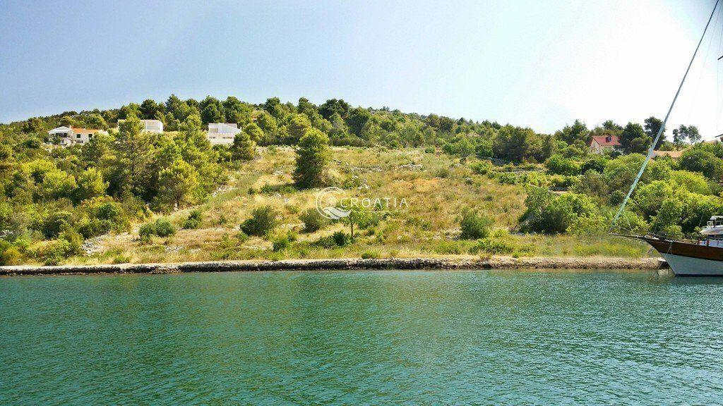 Building land near Šibenik 3144 m2