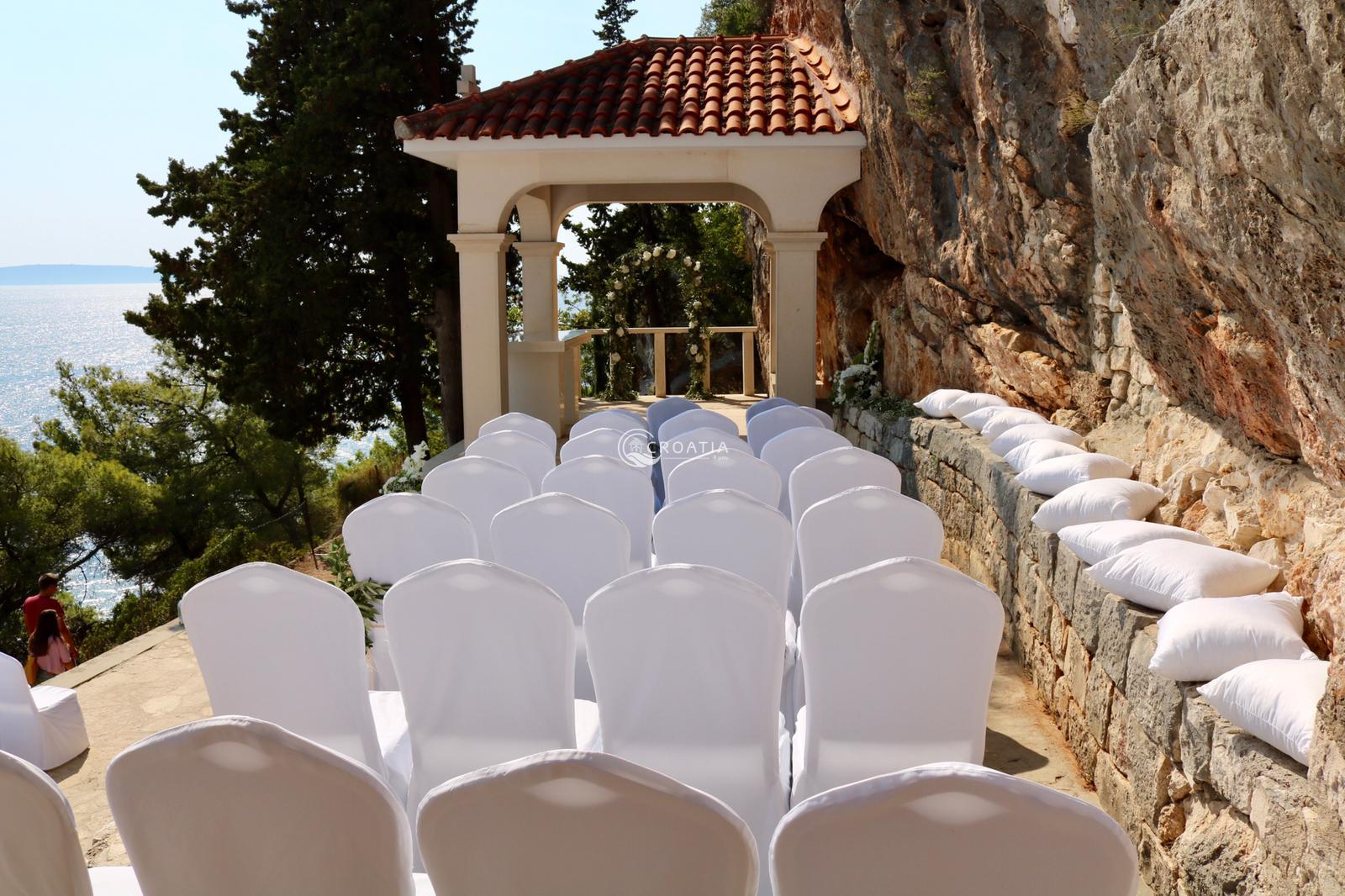 Wedding at Sanctuary of our Lady of Prizidnica, Ciovo